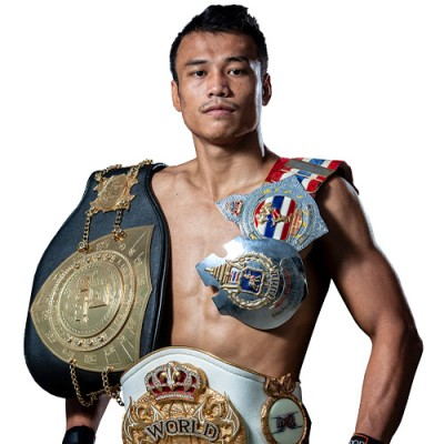 GLORY LIGHTWEIGHT CHAMPION SITTHICHAI SITSONGPEENONG SIGNED WITH ONE