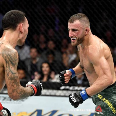 ALEXANDER VOLKANOVSKI DEFEATS MAX HOLLOWAY AT UFC 245