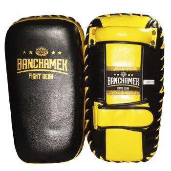 Buakaw Banchamek Thai Pads Small Black